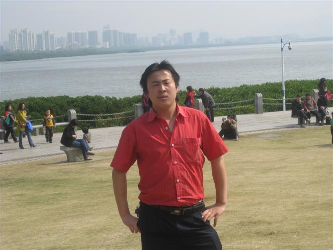 pcb人才网:电路板行业求职意向为生产部经理的李先生